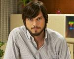 A primeira imagem oficial de Ashton Kutcher no papel de Steve Jobs