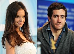 Kate Holmes nega romance com o ator Jake Gyllenhaal, mas…