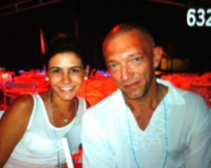 Monica Bellucci e Vincent Cassel passam a virada no Txai