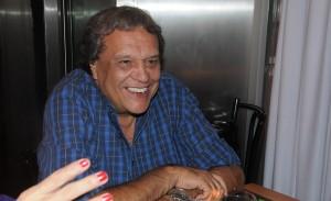 Bastidores de gravação com um enérgico Dennis Carvalho no Projac