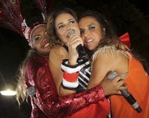 Três divas em um abraço apertado no circuito de folia de Salvador. Confira!