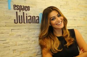 Sem vestígios de Gabriela: Juliana Paes agora é loira!