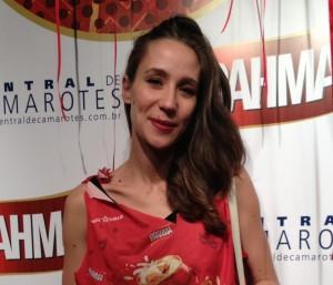 Paola de Orleans e Bragança marca presença no Camarote Brahma-SP