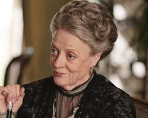 Maggie Smith garante velhice tranquila com saga de Harry Potter