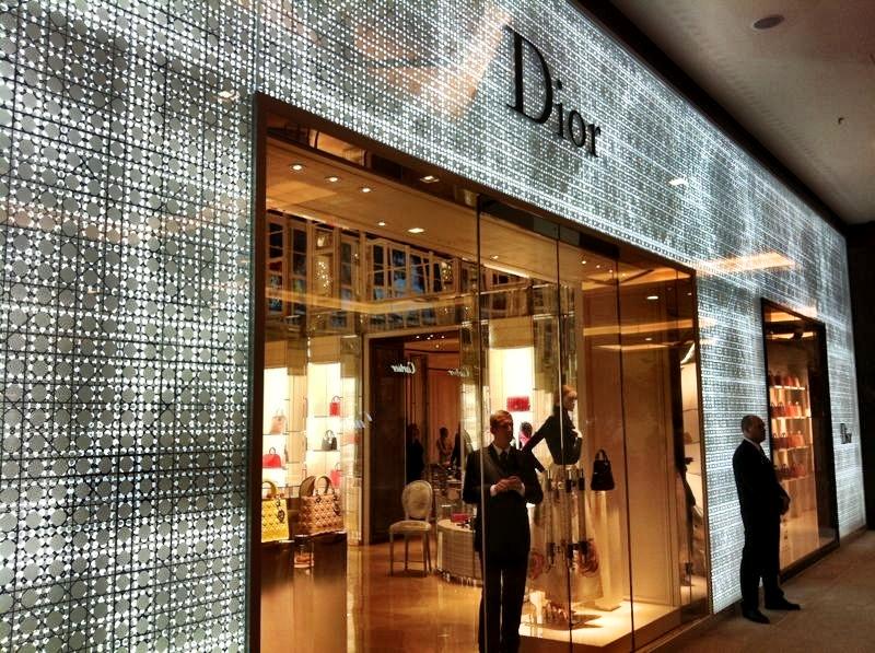 b31a60495e3 Dior abre loja no Cidade Jardim com programação à base de arte e ...