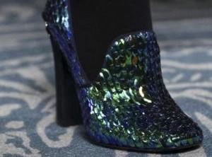 Desejo do dia: sapatos metálicos de Tory Burch