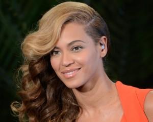 Mãe coruja: Beyoncé revela que Blue Ivy está começando a falar