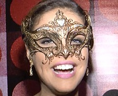 Agora, em vídeo, o que rolou no Baile Glamurama no Rio. Aperte o play