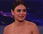 """Mila Kunis: quilinhos a mais e revelações sobre """"filhos versus carreira"""""""