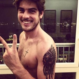 Yasmin Brunet e Evandro Soldati: dia dedicado à tatuagem no Rio
