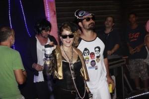 Quer saber qual celeb se fantasiou de Madonna no Carnaval do Rio?