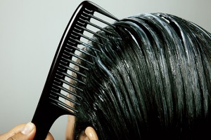 Dicas para manter os cabelos hidratados neste Carnaval