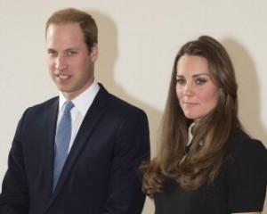 Príncipe William pode abandonar a Força Aérea após o nascimento do filho