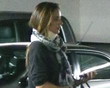 Que perigo, hein? Miranda Kerr sofre acidente de carro na Califórnia