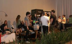 WGSN arma cocktail no Lounge Iguatemi na Bienal. Aos detalhes