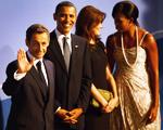 Toda a generosidade de Nicolas Sarkozy e Carla Bruni com os Obama