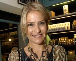Fernanda Kujawski mostra sua coleção de acessórios para o Glamurama