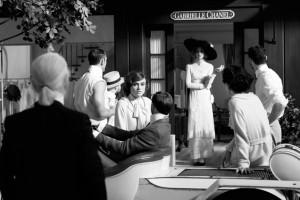 Saiu o primeiro teaser do curta de Lagerfeld para a Chanel. Play!