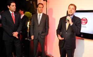 Presidente da América Móvil, da Claro do Brasil e da Anatel apresentam a tecnologia 4G no Brasil