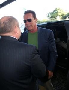 Arnold Schwarzenegger já está no Rio. O motivo da viagem? Músculos…