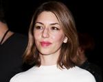 No aniversário de Sofia Coppola, uma playlist que é a cara dela. Play