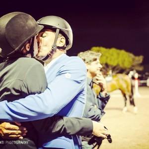 Doda Miranda publica foto de beijão em Athina Onassis. Saiba o motivo