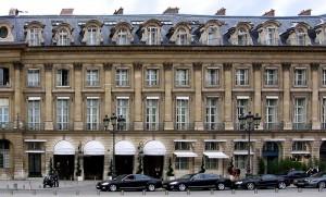 Mohamed Al-Fayed nega ter vendido Ritz de Paris para grupo do Qatar