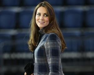 Kate Middleton cai na garra dos tabloides por conta de seu look