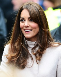 Vida real: Kate Middleton compra antiguidades na base da pechincha