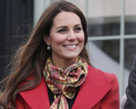 Um mês antes de dar à luz, Kate Middleton vai repetir Lady Di em alto mar
