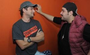 Marcelo Serrado e Tiago Abravanel no show da banda Benditos em SP
