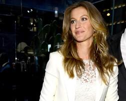 Inauguração de loja Dolce & Gabbana em NY tem Gisele Bündchen e outros famosos