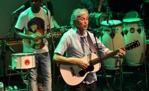 Caetano, Preta Gil e Ney Matogrosso cantam em prol do direito GLS. Confira