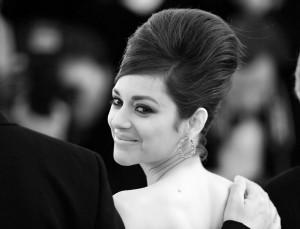 Glamurama continua de olho em Cannes. Espia só a galeria de penteados