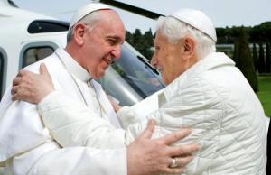 Papa emérito Bento XVI volta para o Vaticano. Aos fatos