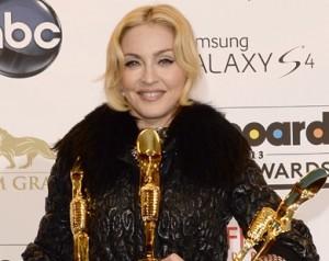 Madonna e Taylor Swift foram os destaques do prêmio Billboard 2013
