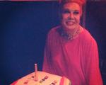 Diva Rogéria completa 70 anos com festa na boate Le Boy, no Rio