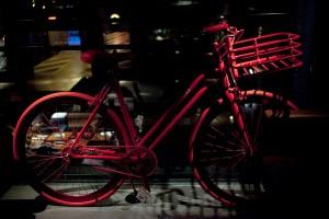 Lorenzo Martone lança linha de bicicletas com festa em NY