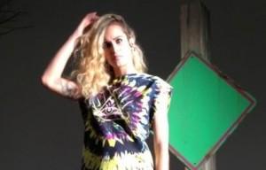 Alice Dellal é estrela da nova campanha de certa marca brasileira. Confira as fotos do making of