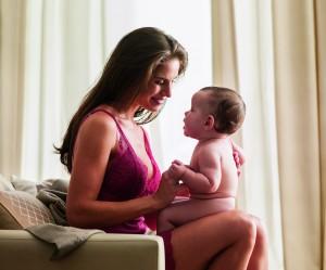 O primeiro a gente nunca esquece: Valisere lança campanha de Dia das Mães