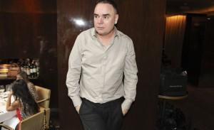 Reinaldo Lourenço: aniversário intimista com jantar para poucos