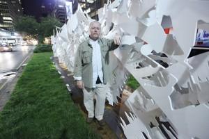 Park Avenue, em Nova York, ganha esculturas de metal de Albert Paley