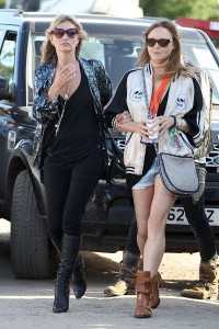 Vem ver Kate Moss, Stella McCartney, Sienna Miller e mais celebs no Glastonbury