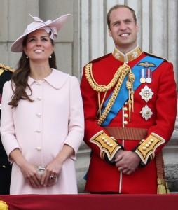 Casal real britânico é criticado pelo povo por gastar demais…