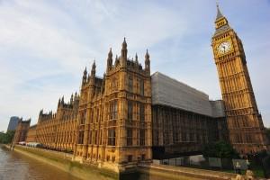 Ingleses se revoltam com reforma de banheiros do Parlamento Britânico