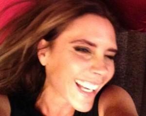Momento raro: David Beckham publica foto de Victoria sorrindo