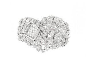 """Luxo eterno: Chanel relança coleção de diamantes da """"era Veneza"""""""
