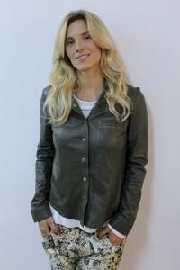 Carol Dieckmann e outras atrizes ficam platinadas para nova novela das 6
