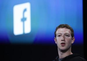 E o troféu de fashionista mais influente do mundo vai para… Mark Zuckerberg?!