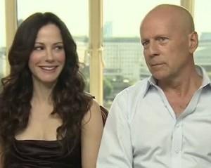 Não queira entrevistar o irritadinho Bruce Willis. Saiba dessa, glamurette!